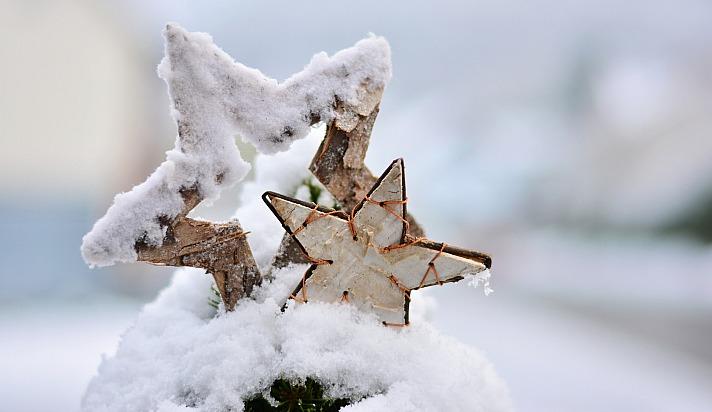 December congerdesign/pixabay 28