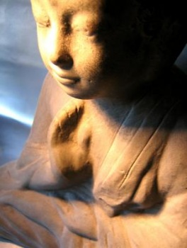 Buddha   Kunst & Kultur » Skulpturen & Statuen   Sarah Borowski / pixelio