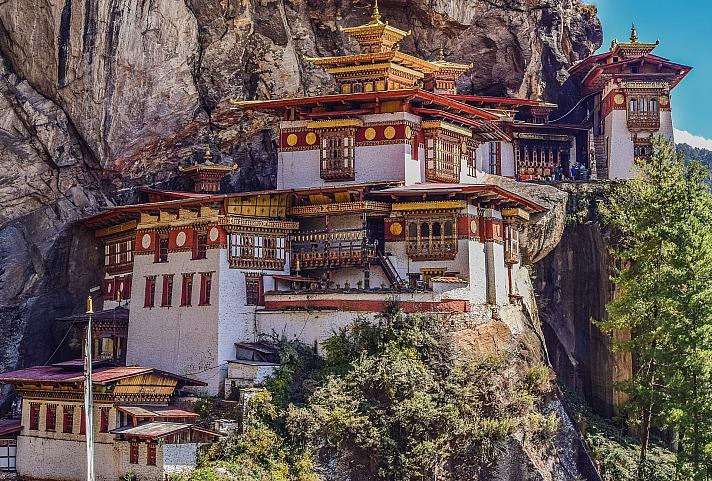 Bhutan: Paro, Taktsang Goemba - Glück ist das letzte Ziel menschlichen Handelns