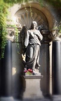Friedhofsengel | Kunst & Kultur » Glaube & Religion | Susanne Schmich / pixelio
