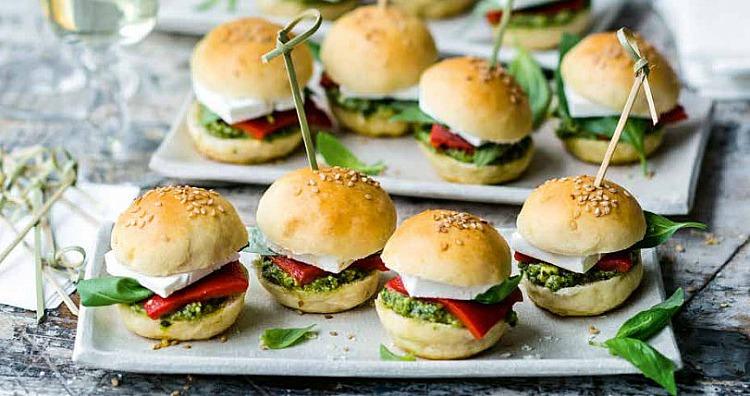 Rezept Vegetarisch Mini Burger Mit Feta Und Pesto Party Und